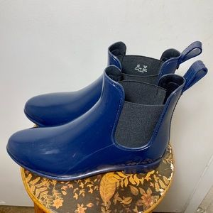 New Sam Edelman Rain Boots